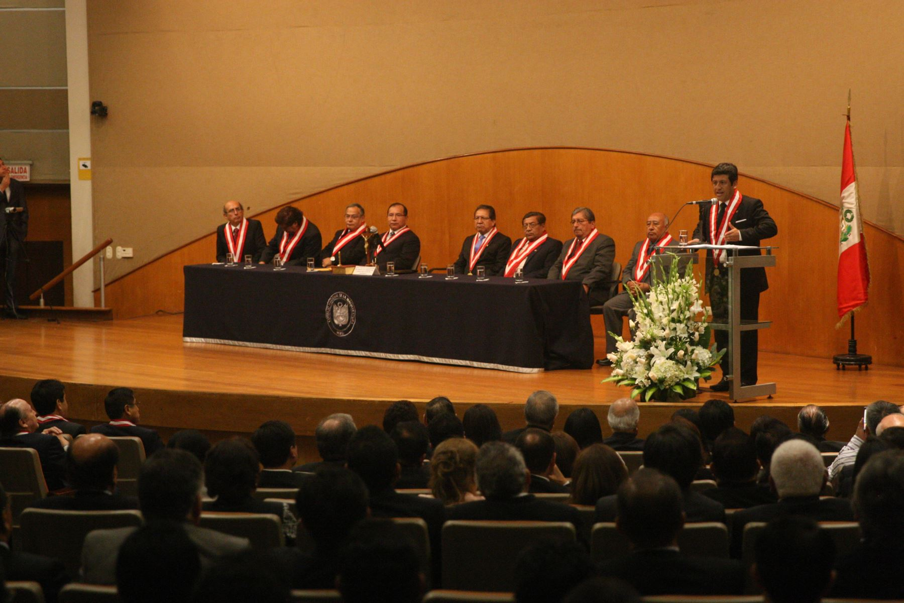 Juramentación de los magistrados supremos Cesar Hinostroza Pariachi y Tomas Gálvez Villegas. ANDINA/Héctor Vinces