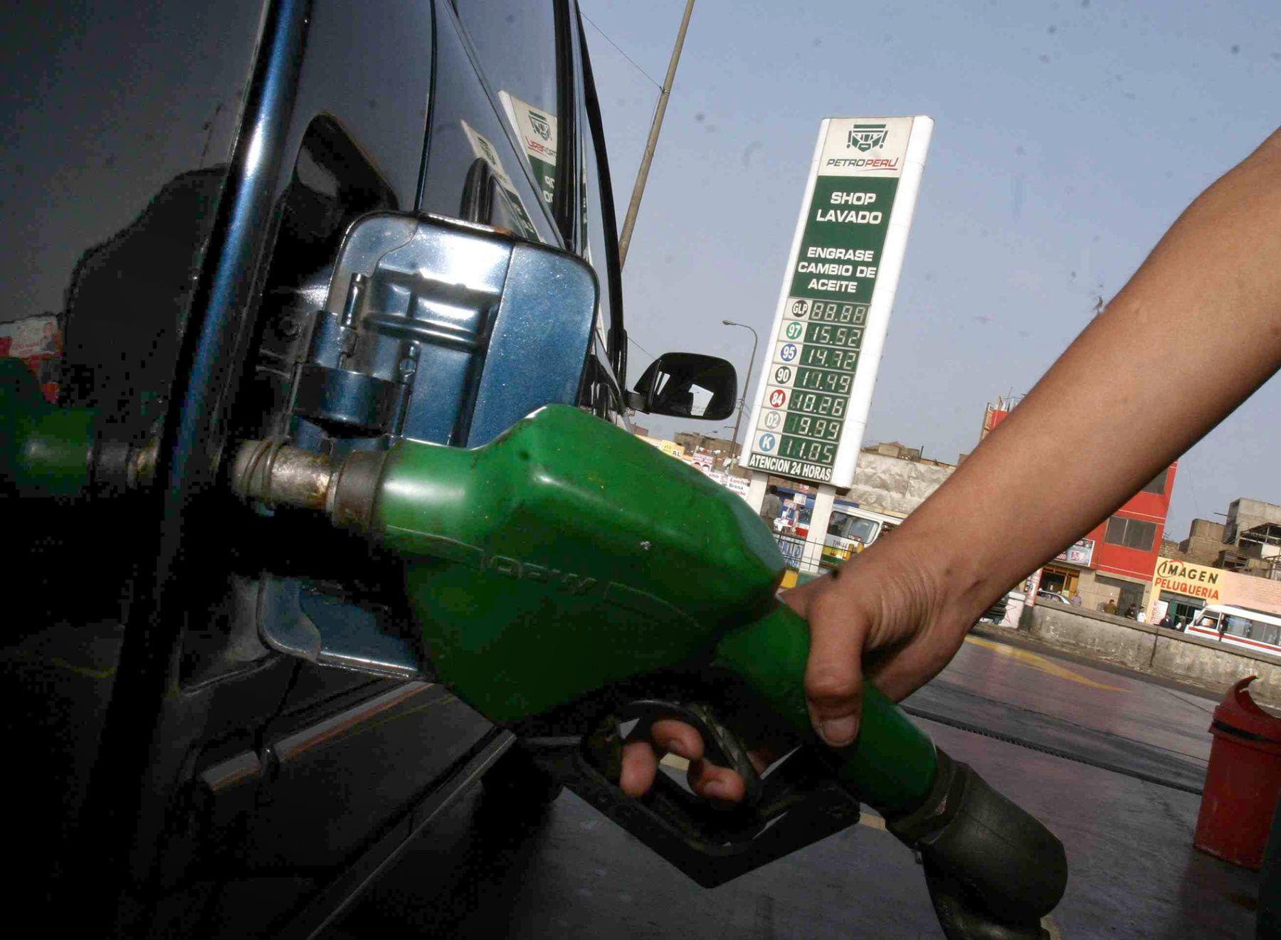 Petroperú tendrá grifos propios en zonas donde no están los privados