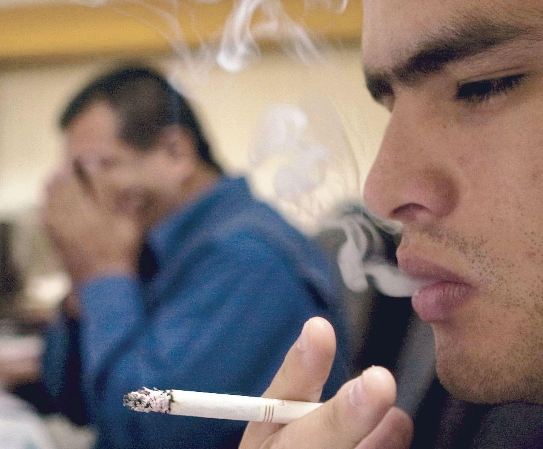 Tabaquismo, principal causa de cáncer de pulmón. Foto: ANDINA/archivo