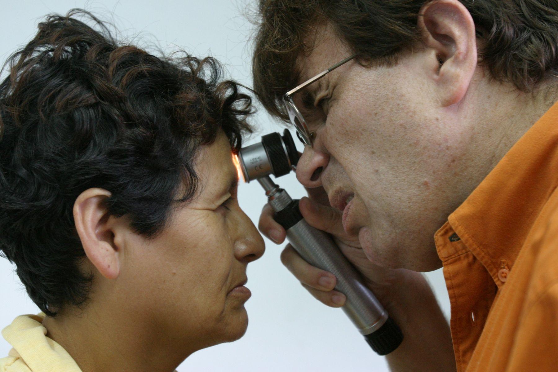 Hay que cuidarse la piel de los rayos ultravioletas. Foto: ANDINA/archivo.