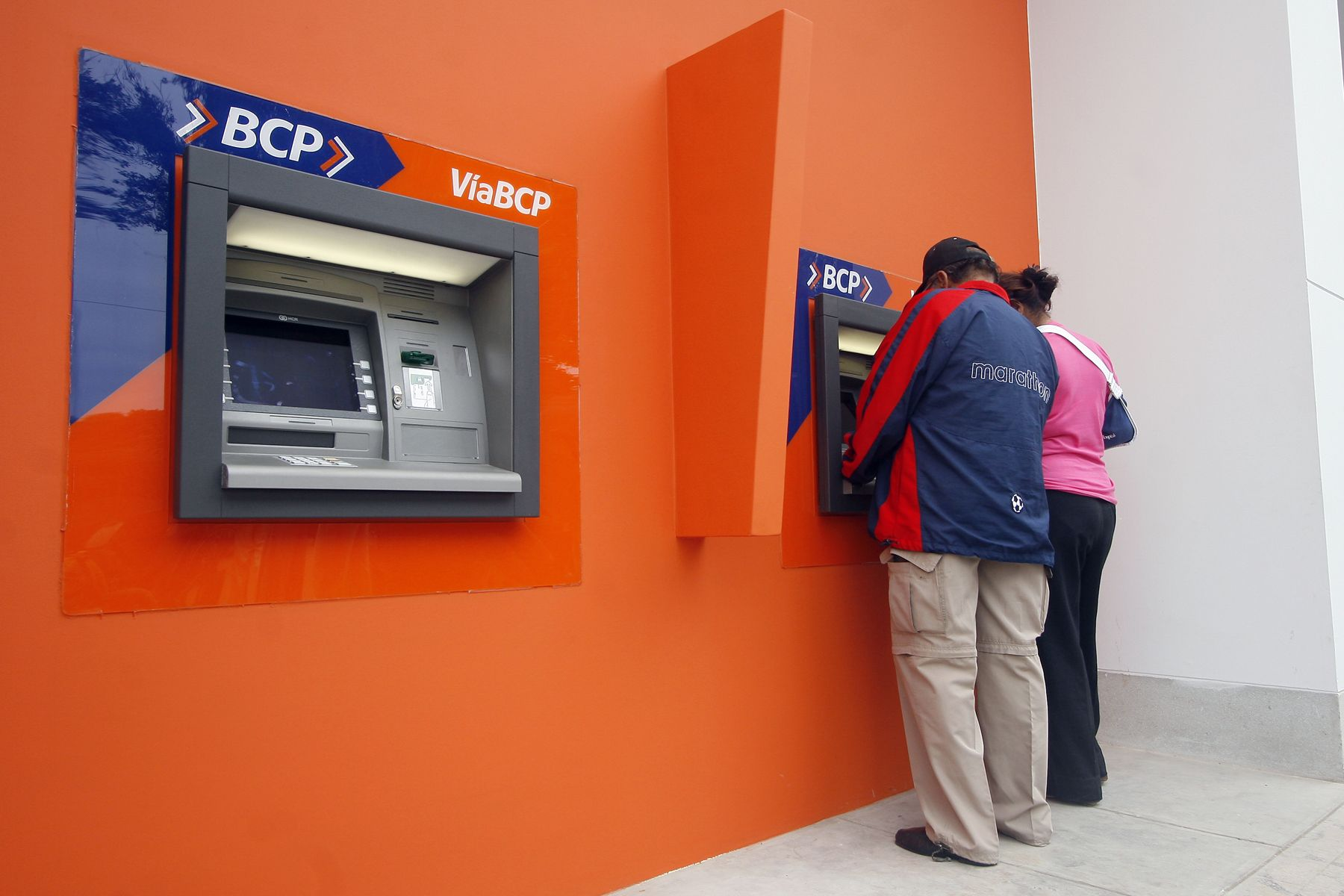 """PNP advierte a comerciantes sobre modalidad de estafa con """"vouchers cambiados"""". Foto. ANDINA/Archivo."""