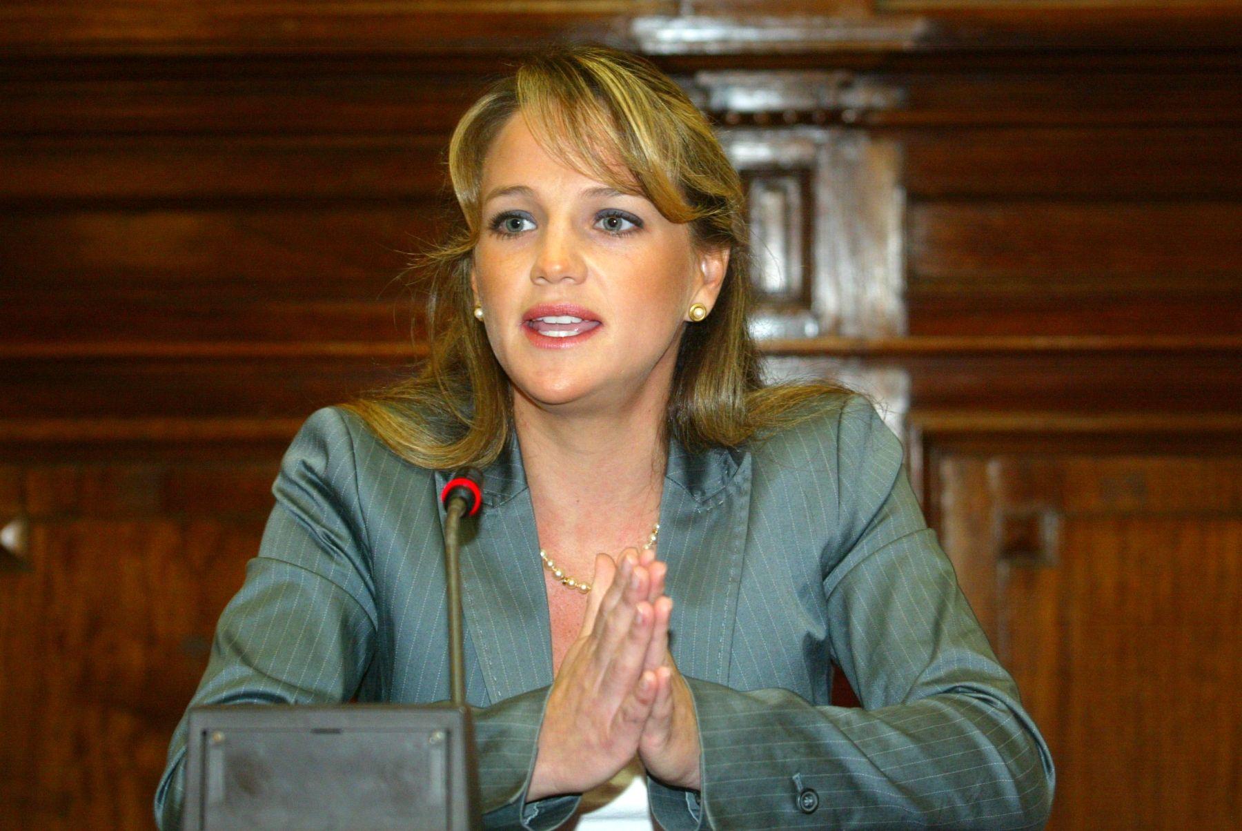Resultado de imagen para LUCIANA LEON ROMERO