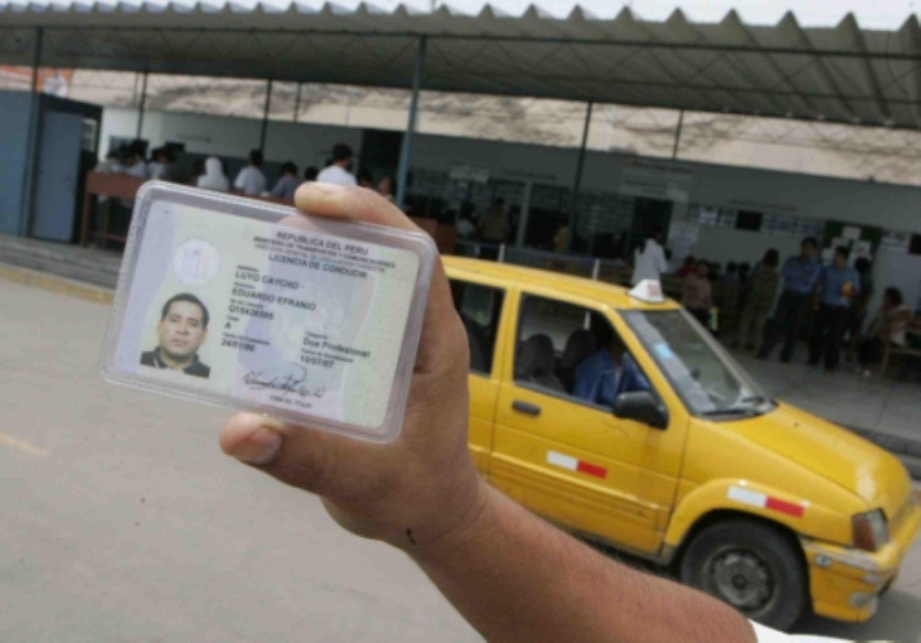 """El apagón informático es necesario para mejorar nuestros sistemas de seguridad, prevenir la corrupción y el fraude en el proceso de emisión de licencias de conducir"""", subraya el MTC. Foto: ANDINA/archivo"""