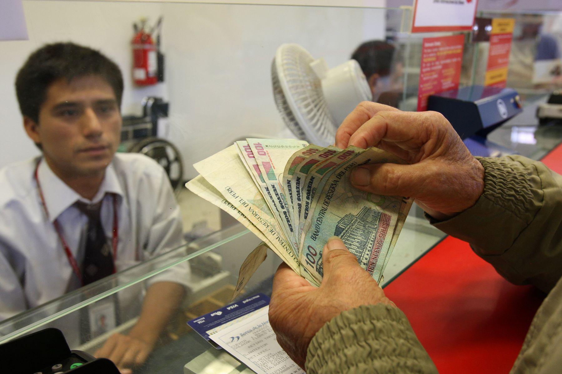bono-a-jubilados-44-agencias-del-banco-de-la-nacion-atienden-de-700-a-1700-horas