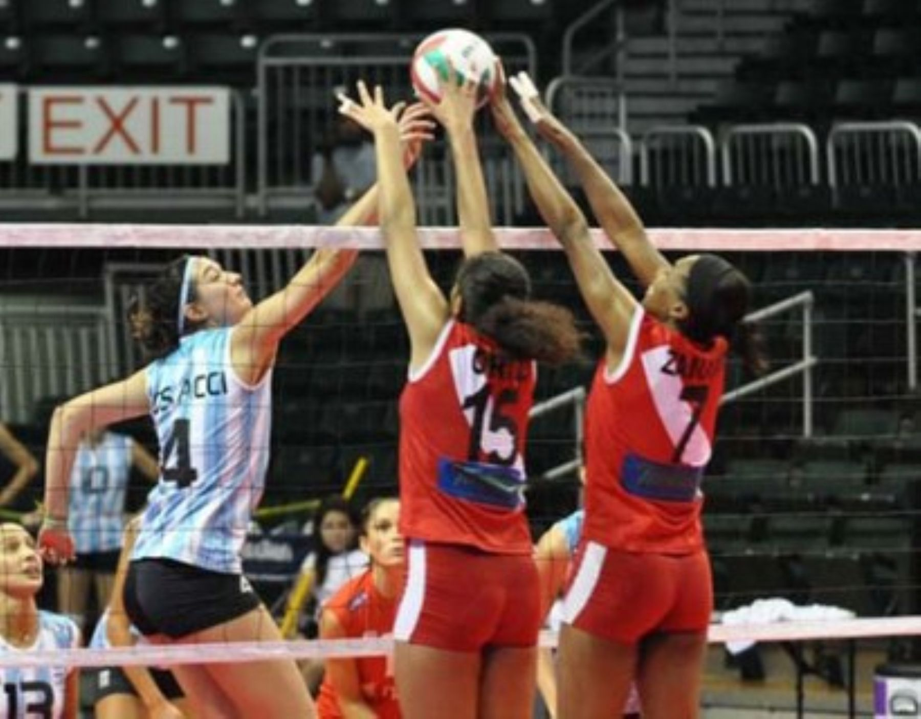 Peru S Volleyball Teams Rewarded With Us 39 000 News Andina Peru News Agency