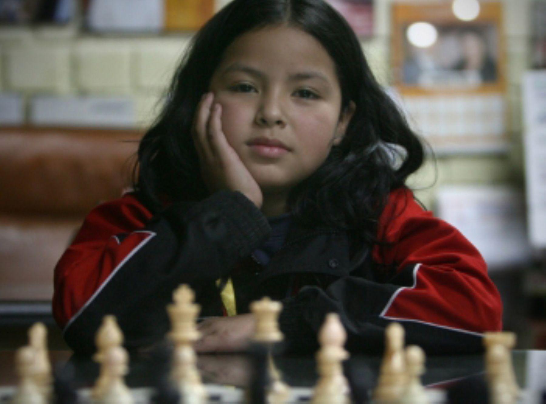 Niña ajedrecista necesita ayuda para viajar a competir en Turquía.