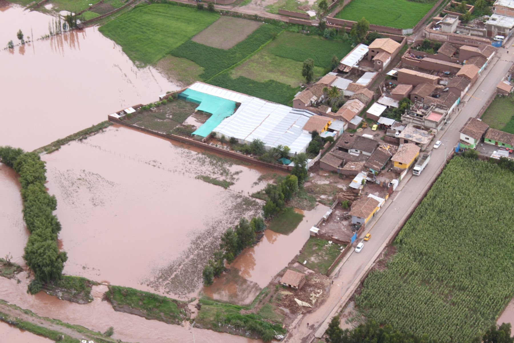 Heavy rain over several days has unleashed flooding and landslides in southern Peru. Photo: PCM.