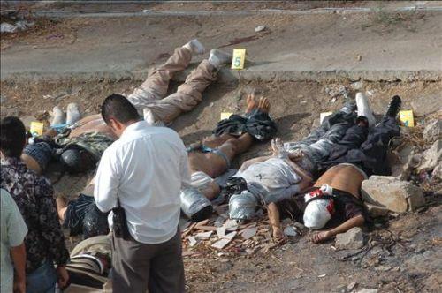 Mueren 14 policías en un ataque en México. INTERNET/Medios