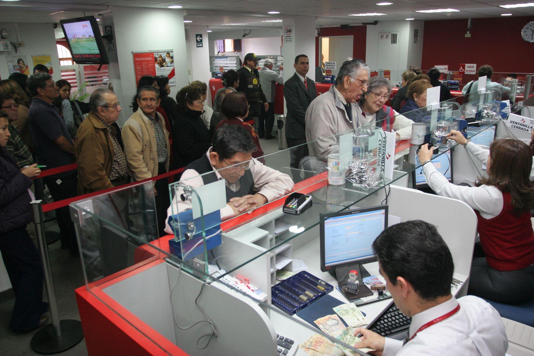 Ventanilla de entidad financiera. Foto: ANDINA/archivo