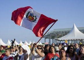 Peruanos en España celebran el 28 de julio