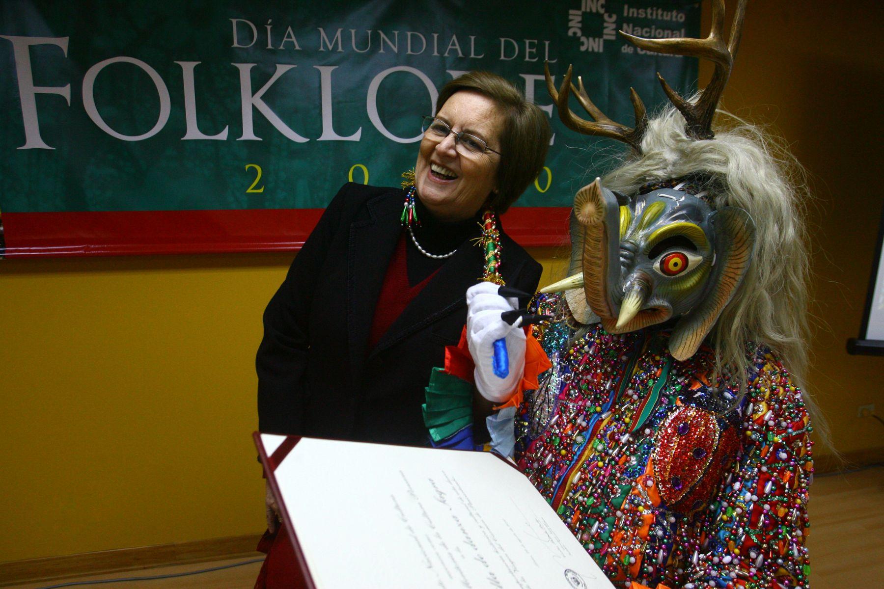 Dia Mundial del Folklore, en el Museo de la Nación Foto: ANDINA/Cesar García