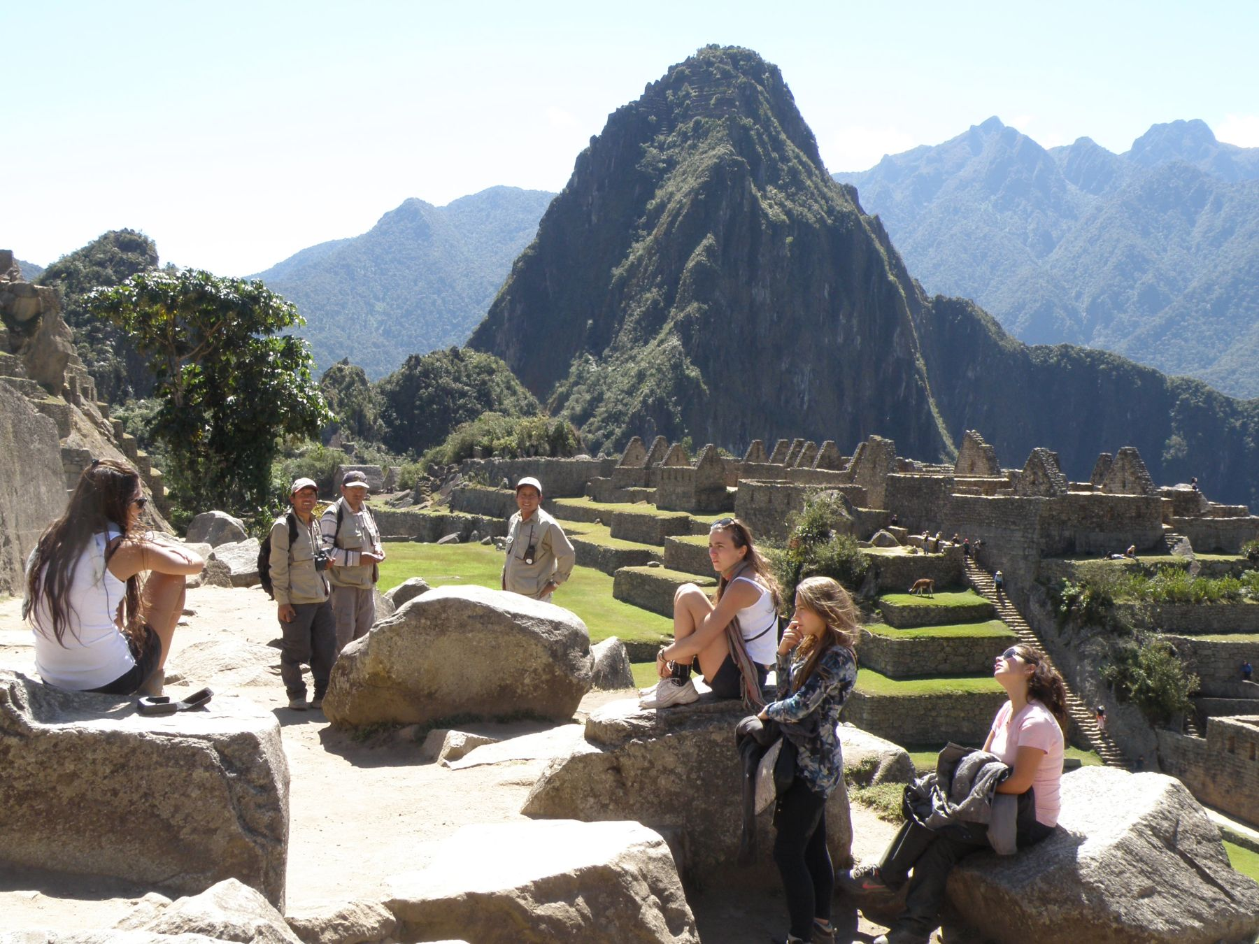 Tourists at the Inca citadel of Machu Picchu, in Cusco. Photo: ANDINA / Percy Hurtado.