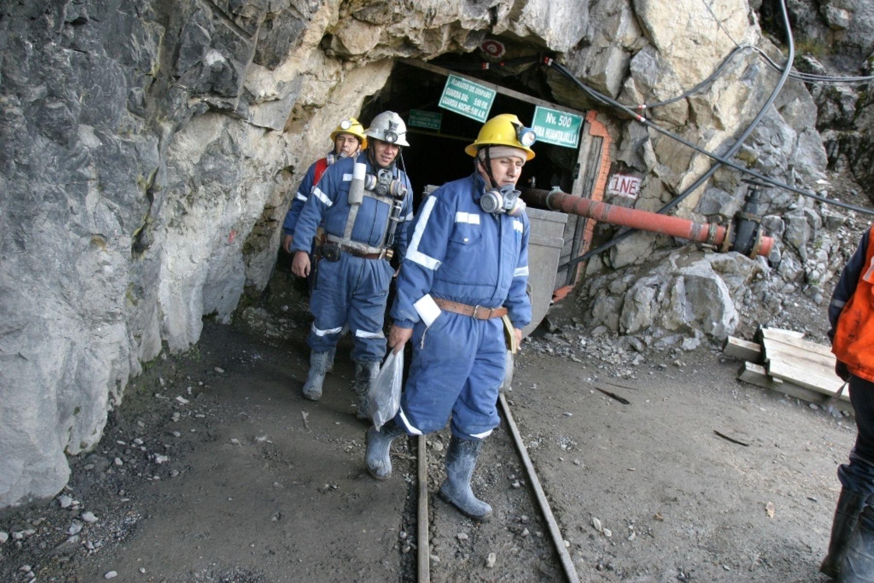 Empresas mineras tienen previsto contratar más trabajadores.  ANDINA
