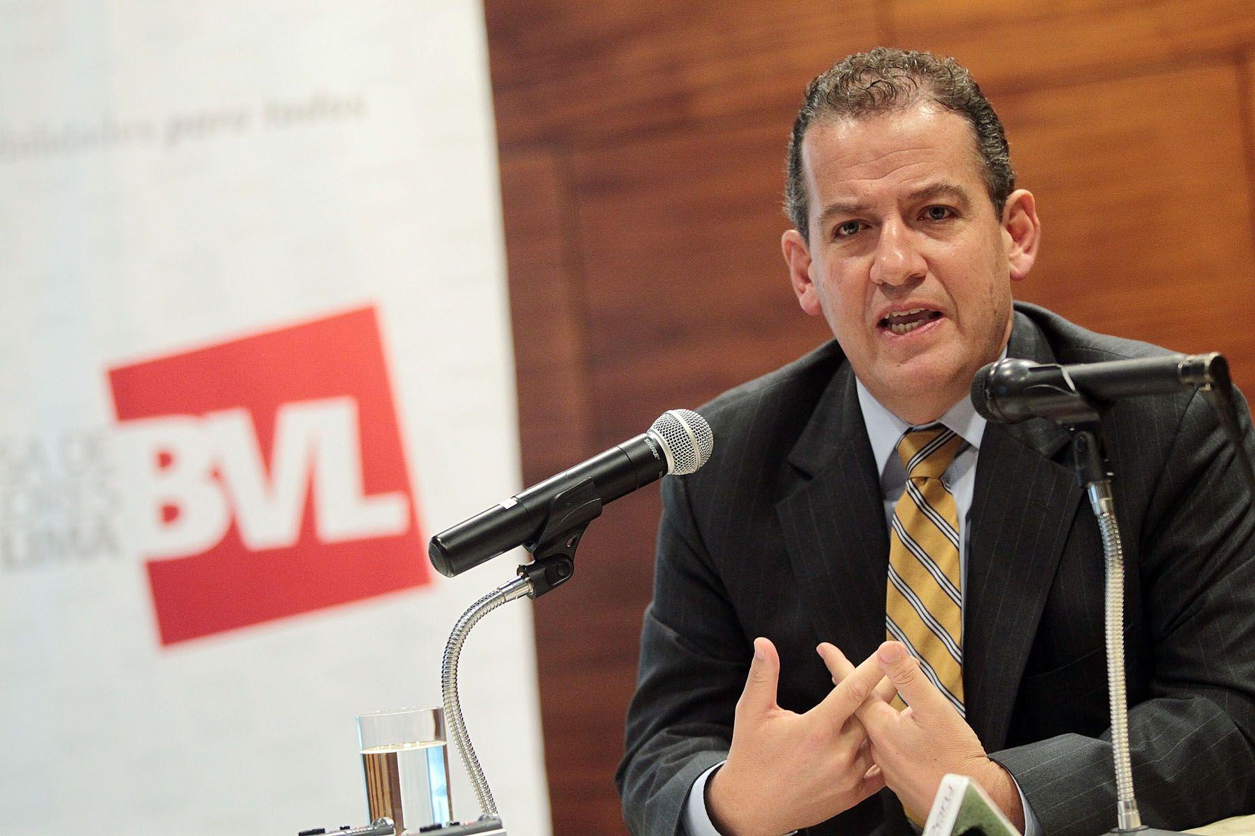 Gerente general de la BVL, Francis Stenning. ANDINA/Carlos Lezama