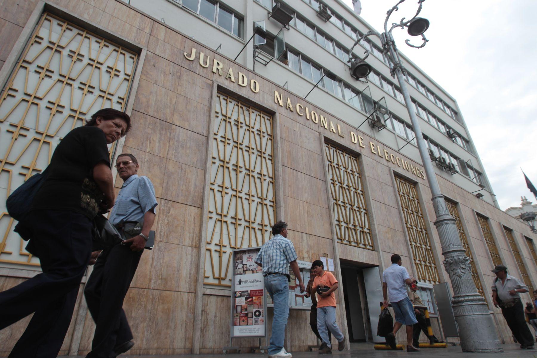 Fachada del Jurado Nacional de Elecciones en el centro de LIma. Foto: ANDINA/Carlos Lezama
