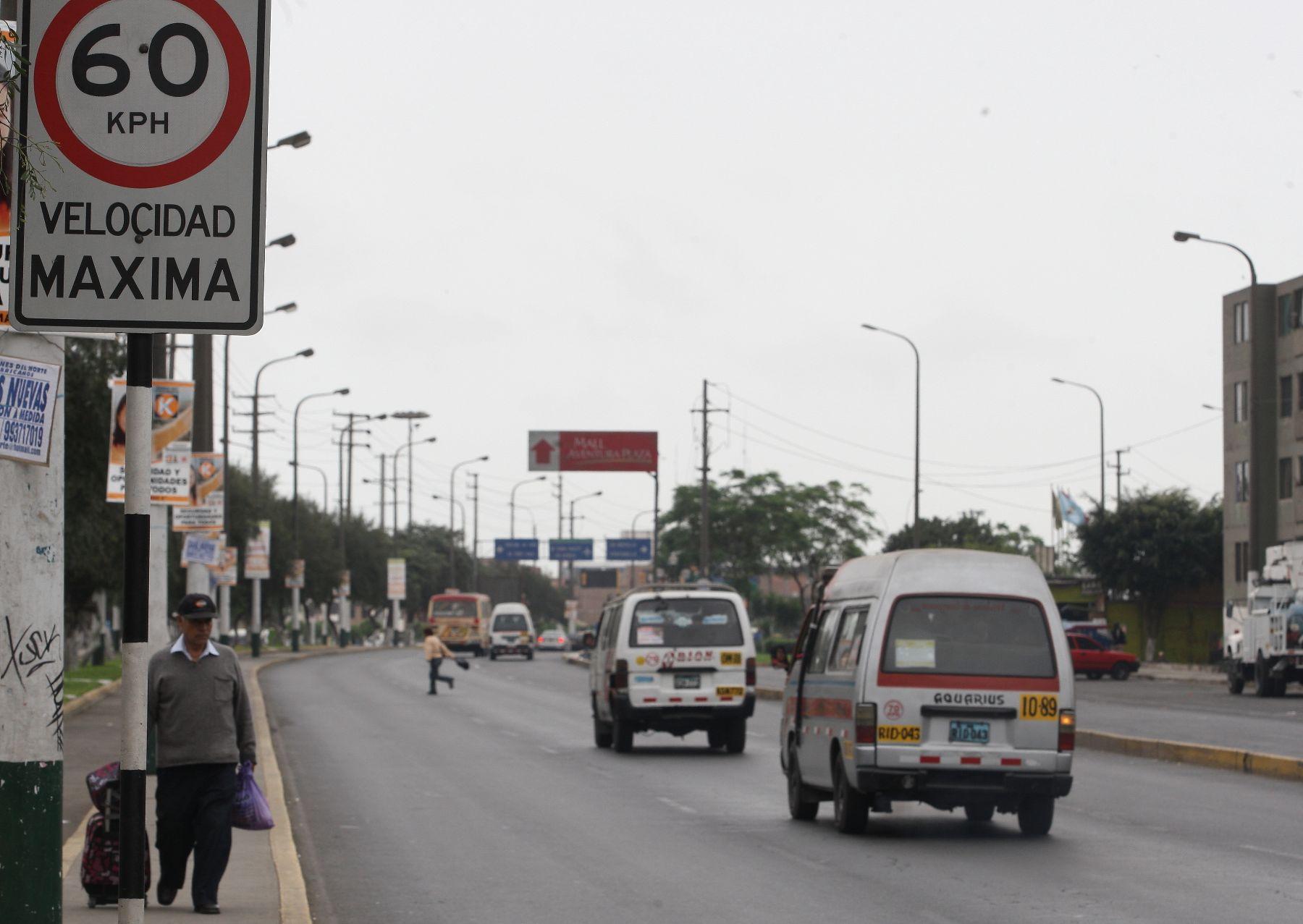 Cambio de velocidad en el Calloa Foto: ANDINA/Norman Córdova