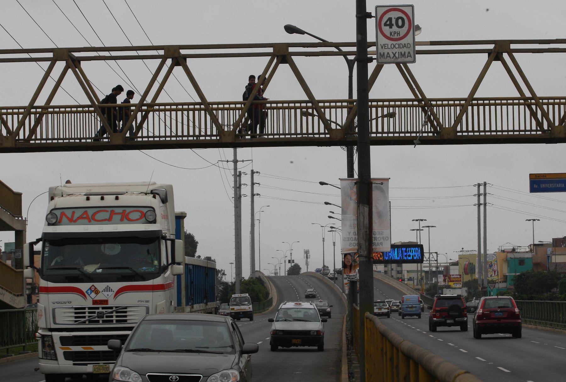 Cambio de velocidad en el Callao. Foto: ANDINA/Norman Córdova