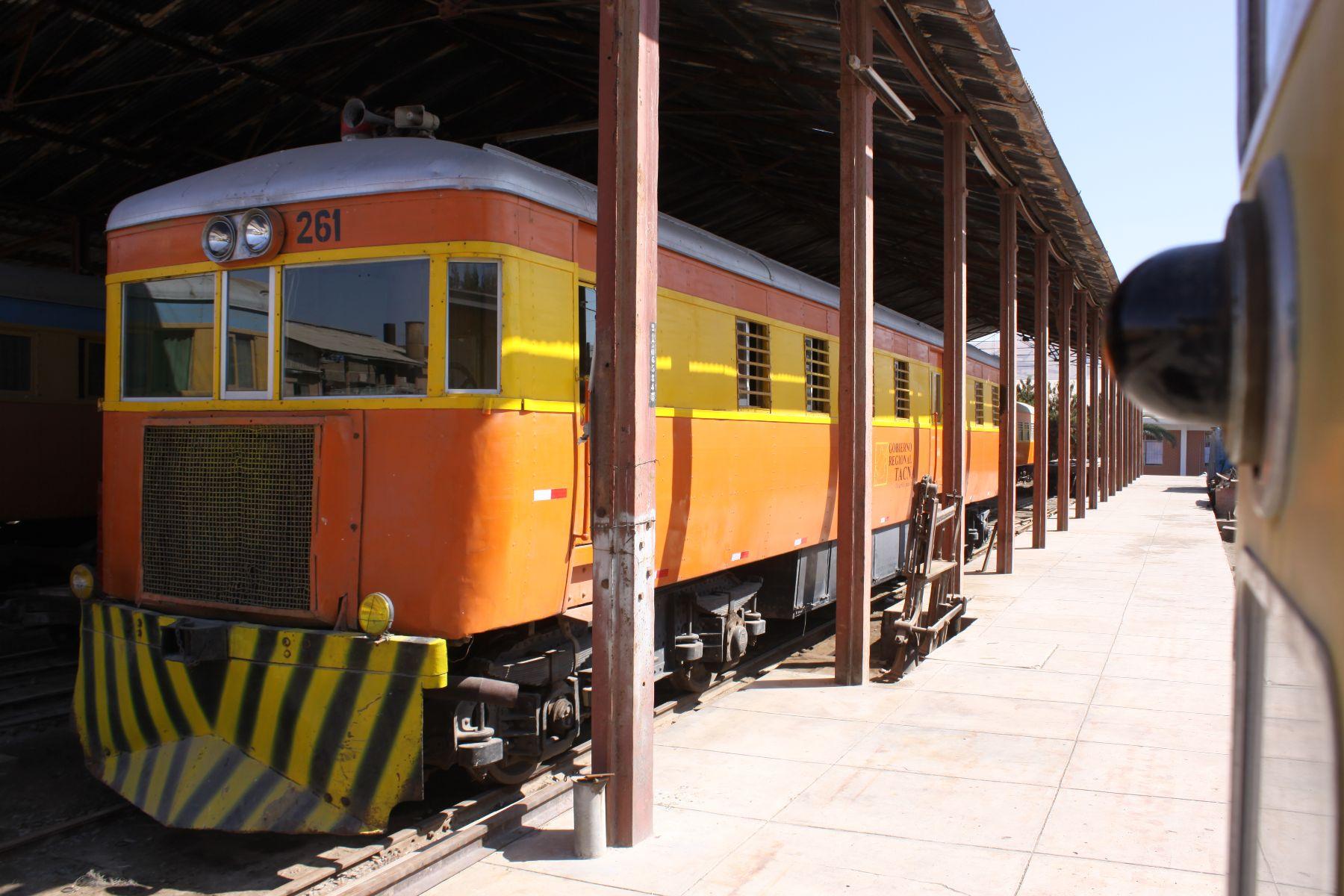 Ferrocarril Tacna-Arica reanudó funciones esta mañana.