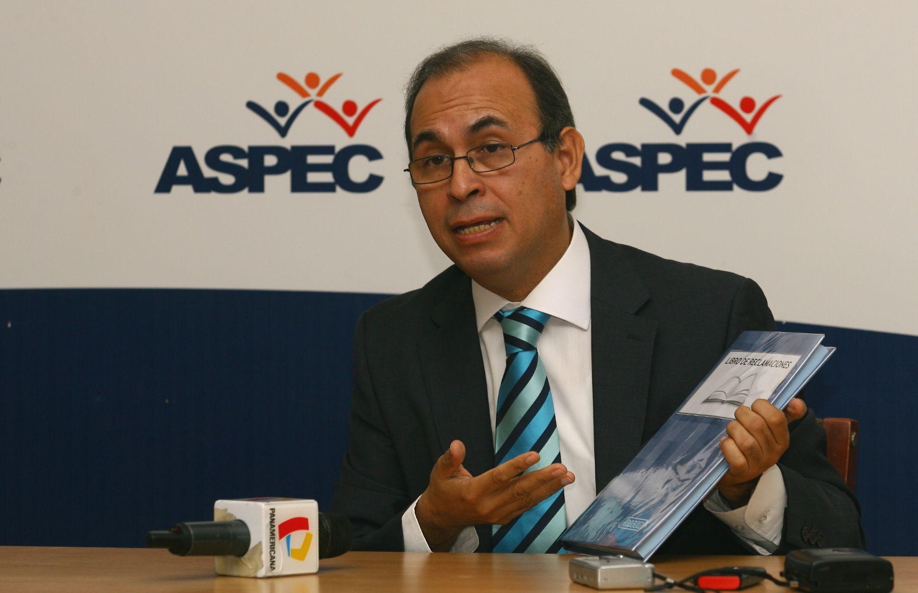 Presidente de Aspec, Crisólogo Cáceres. ANDINA/archivo