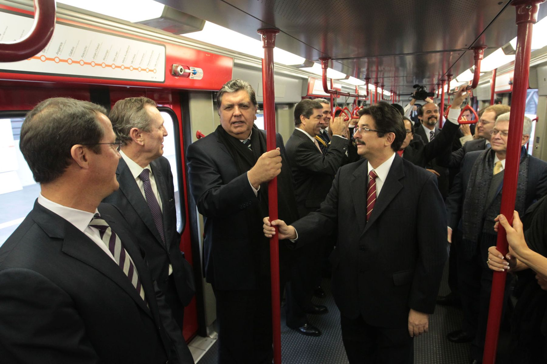 President Garcia attends inauguration of Lima's Electric Train Line 1. Photo: Sepres