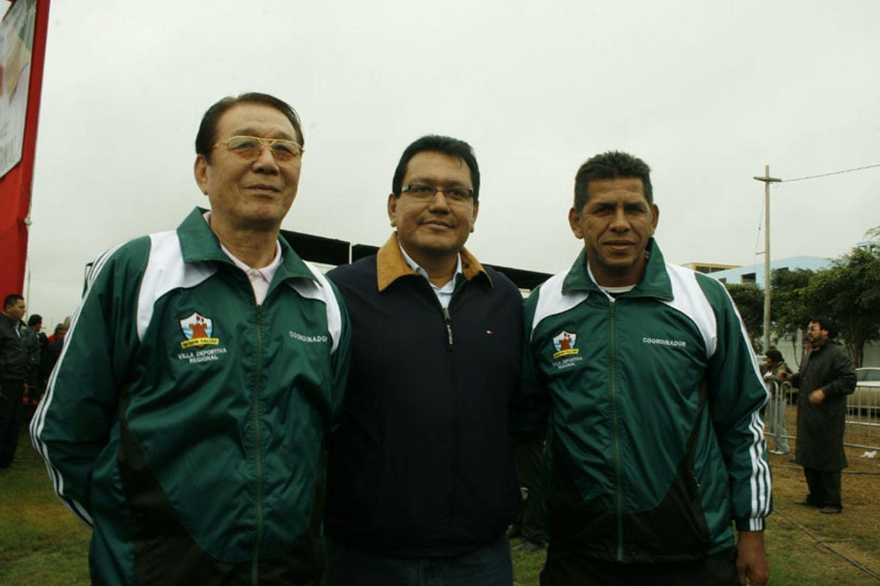 Presidente regional del Callao, Félix Moreno, acompañado de Man Bok Park y José Luis Carranza. Foto: Gobierno Regional del Callao.