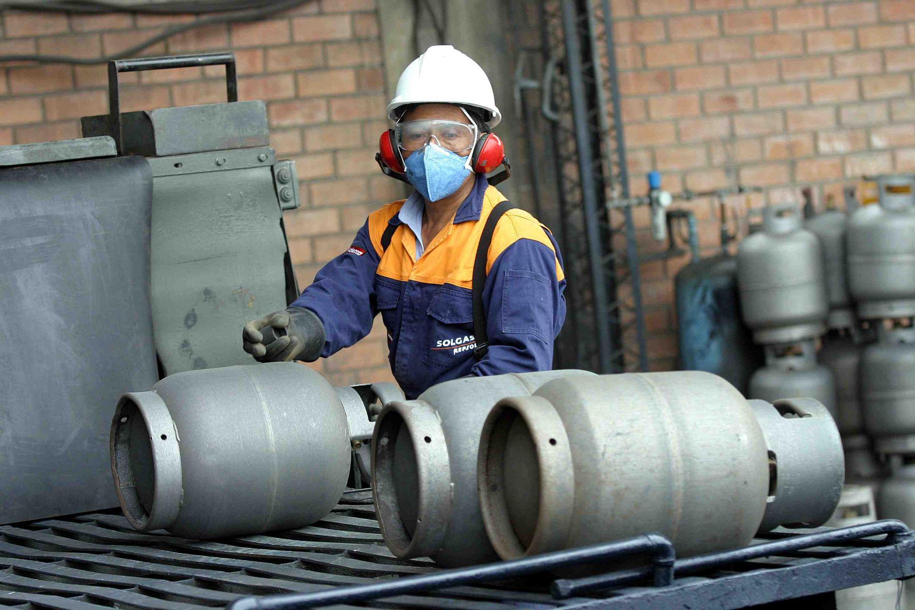 Per 8 millones de hogares utilizan gas licuado como for Estanques de gas licuado