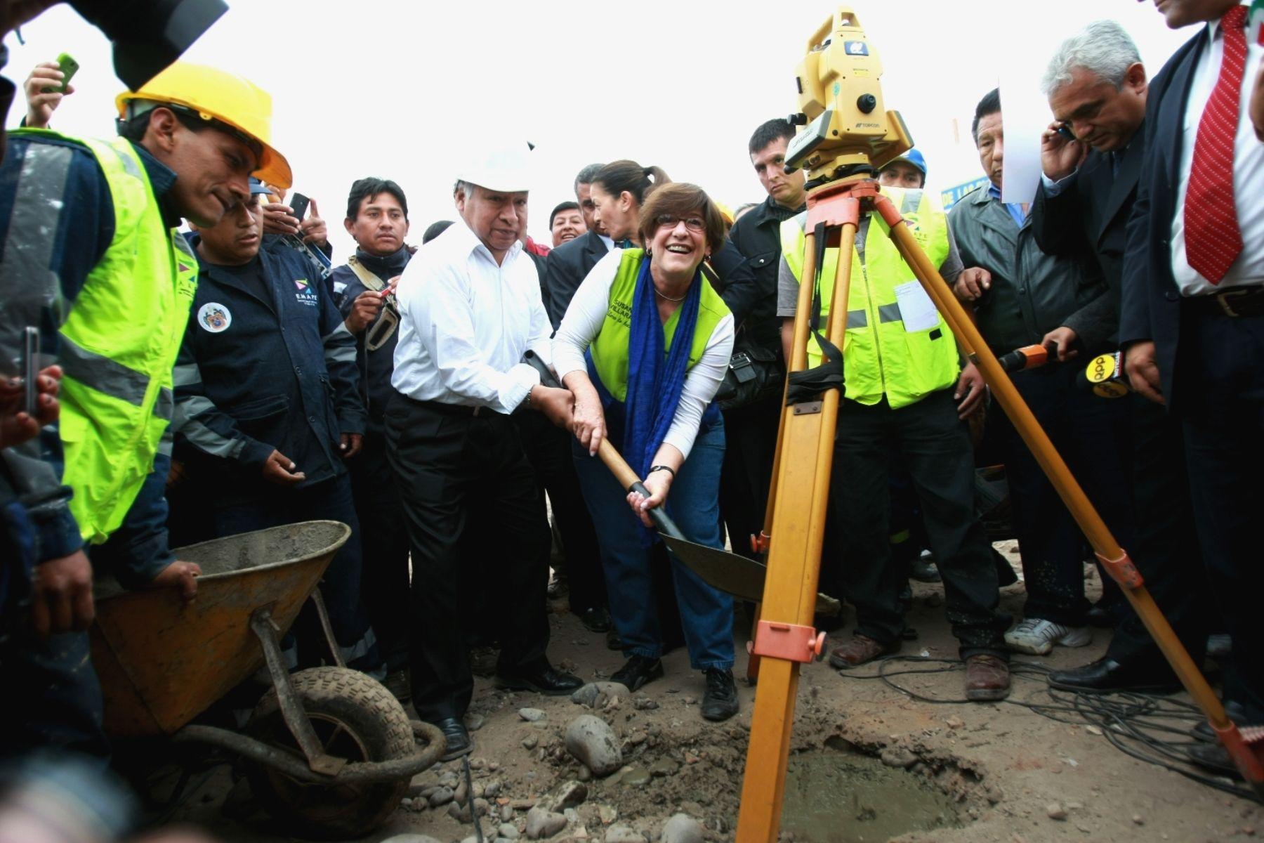 A fines del 2011 se inició  Costa Verde Sur pero obras aún no se concluyen. Foto: ANDINA/Juan Carlos Guzmán