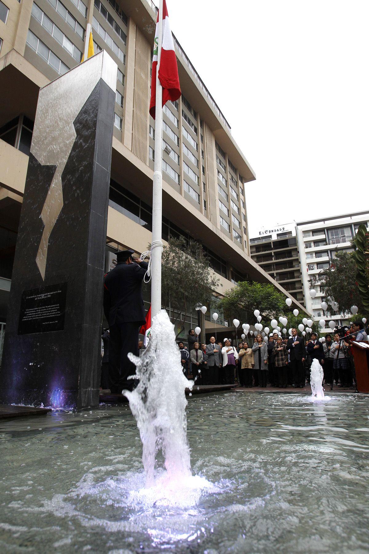 Calle Tarata es escenario todos los años de conmemoraciones tras trágico atentado. Foto: ANDINA/Archivo.