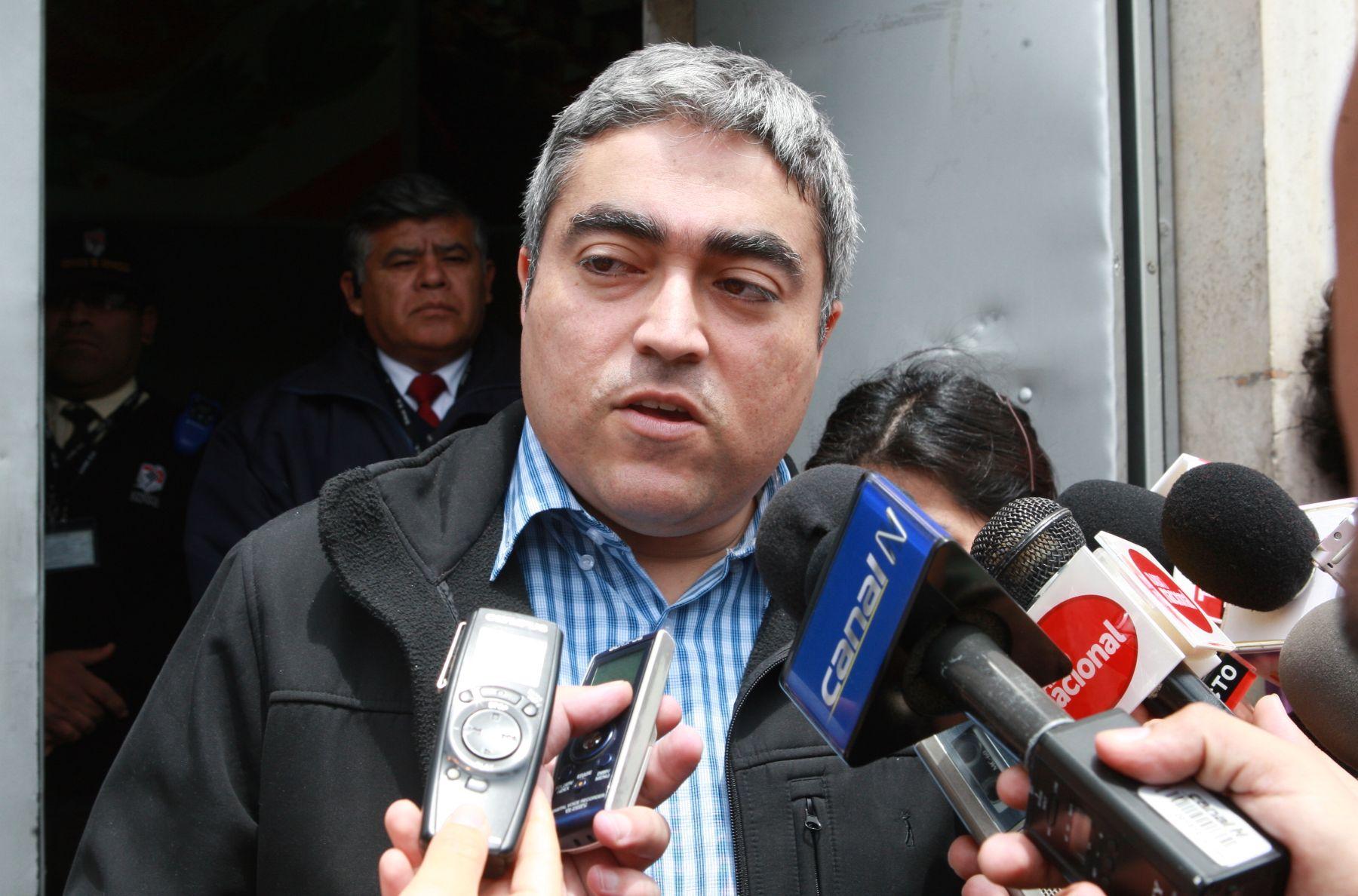 PJ dicta comparecencia con restricciones contra exregidor Marco Zevallos