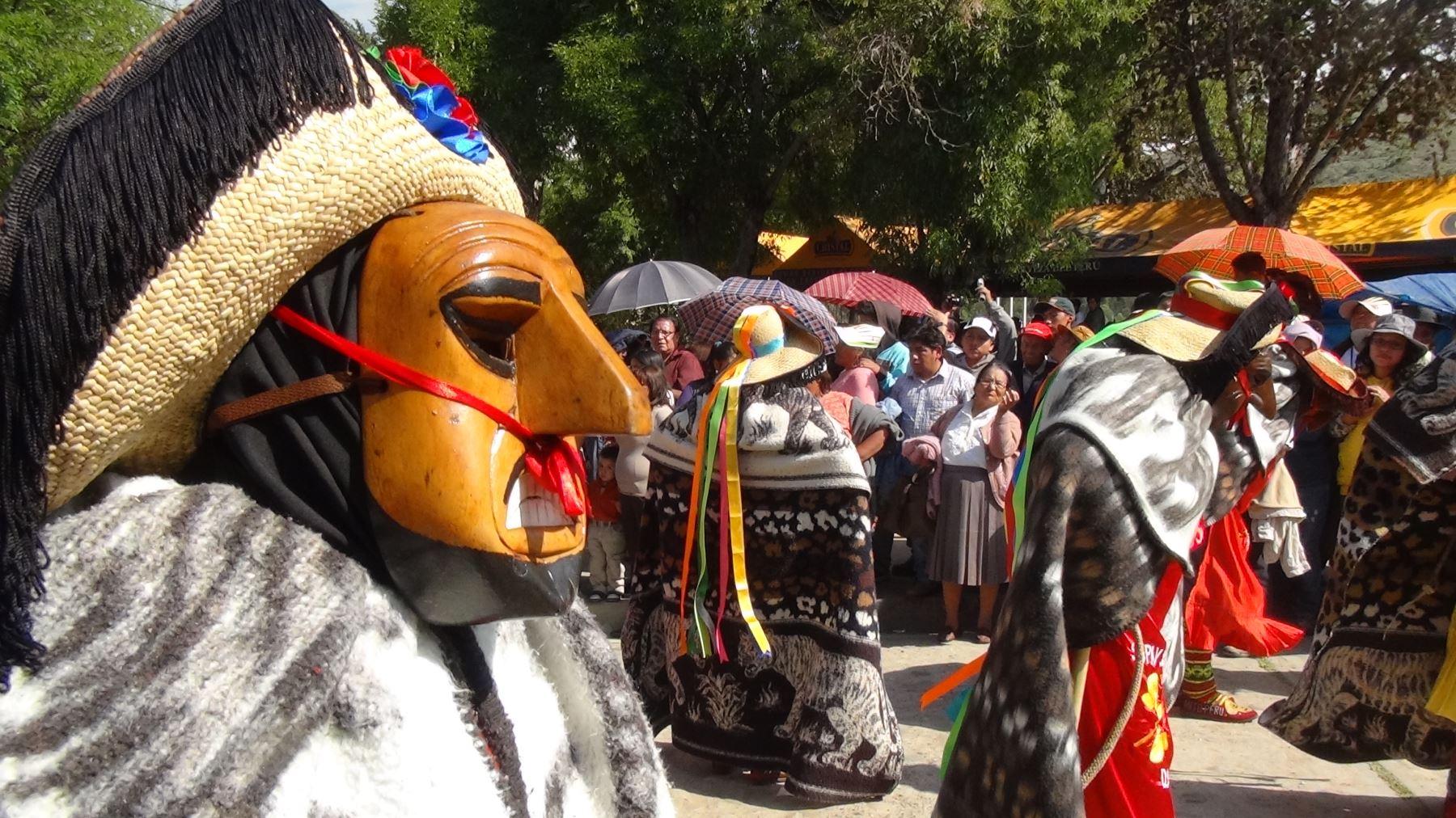 Danza de la Huaconada. ANDINA/Pedro Tinoco