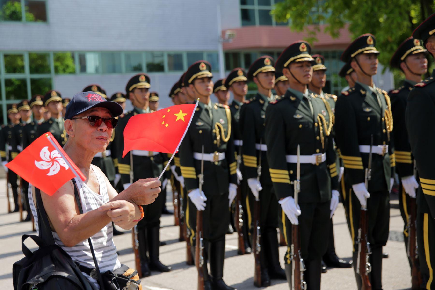 El anuncio tiene lugar dos días después de que Pekín anunciara que está construyendo su segundo portaviones, coincidiendo con las disputas marítimas que mantiene con sus vecinos por la soberanía de varios islotes en el mar de China. Foto: AFP
