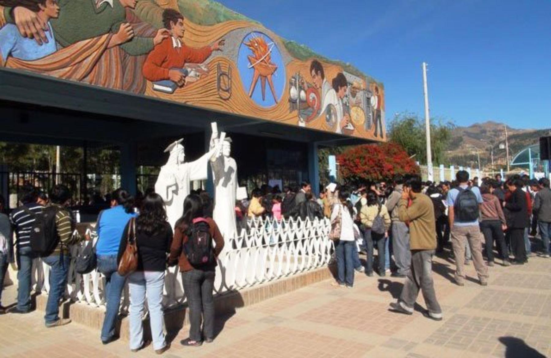 Universidad Nacional de Cajamarca recibe la acreditación de Sunedu. ANDINA/Difusión