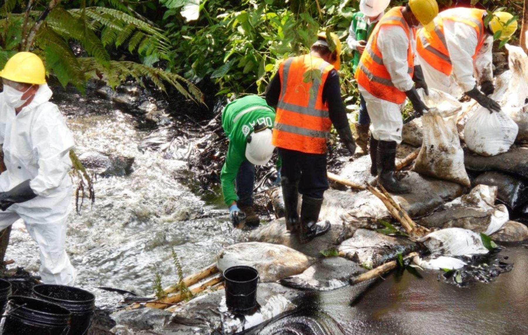 Se verificó que la empresa instaló barreras de contención en el cauce de la quebrada Inayo, en Amazonas.