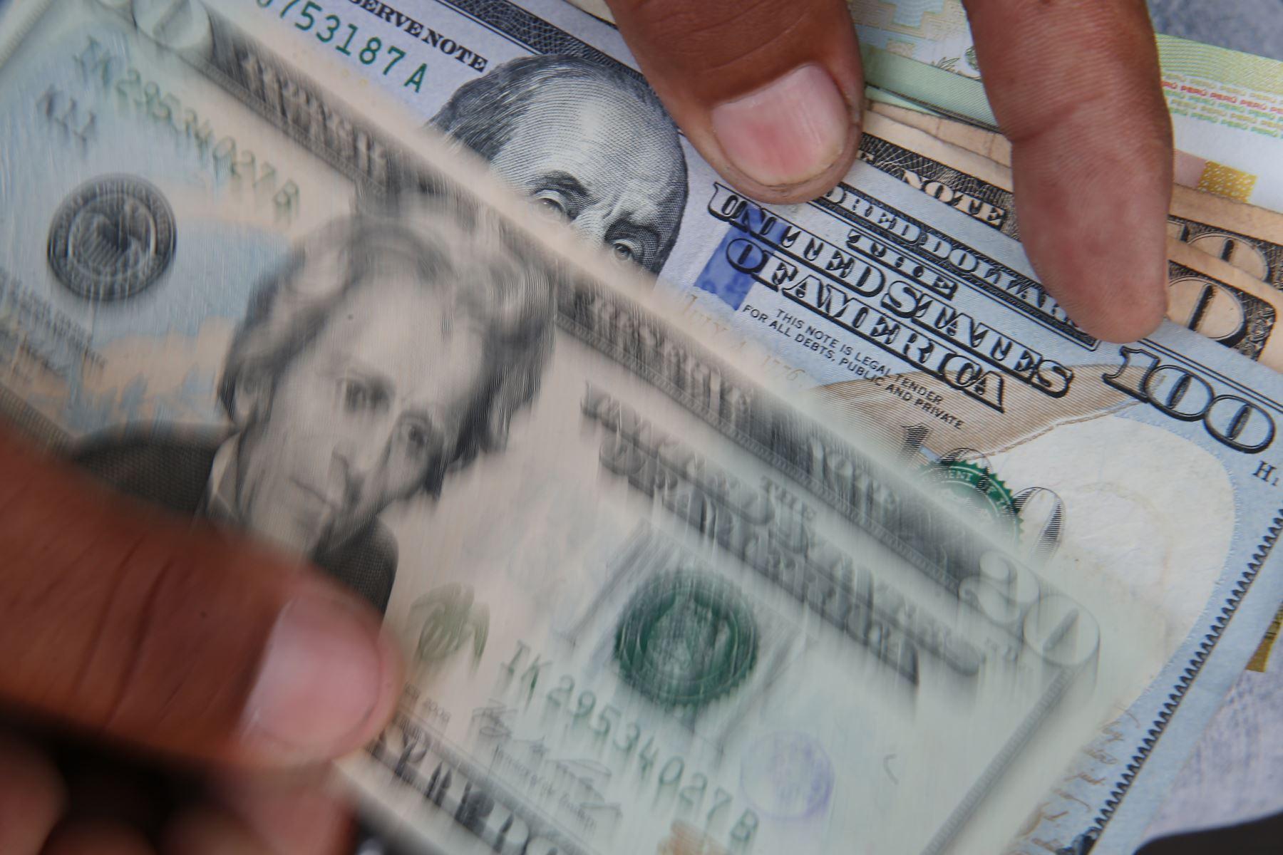 Precio del dólar se mantendría a la baja en los próximos días