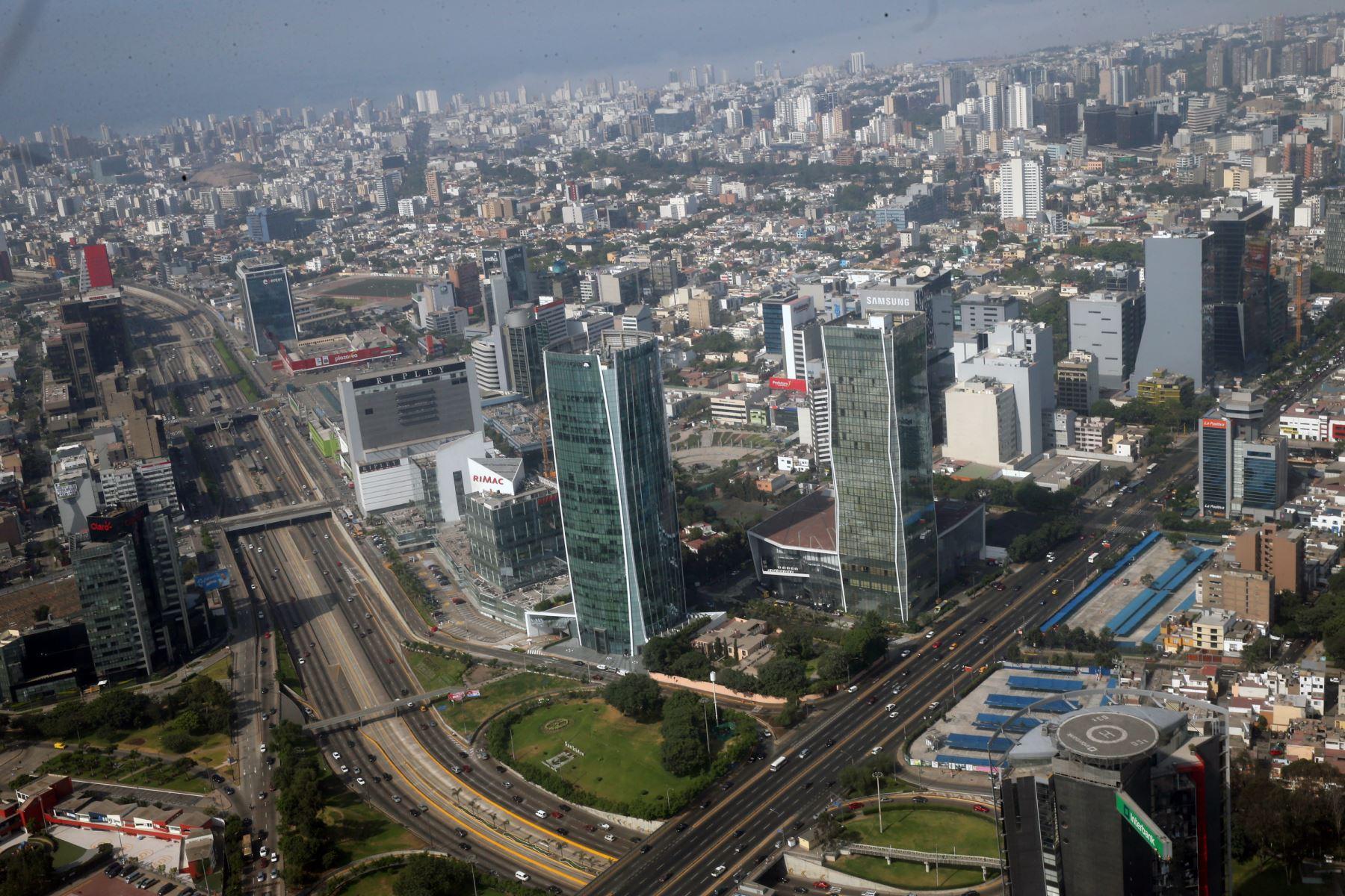Centro financiero de Lima. ANDINA/Norman Córdova