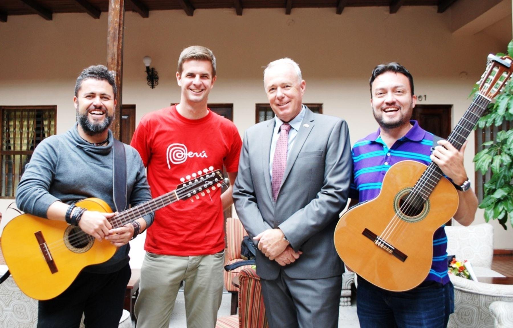 Embajador de Suiza en Perú promueve actividades culturales en Cajamarca. ANDINA/Eduard Lozano