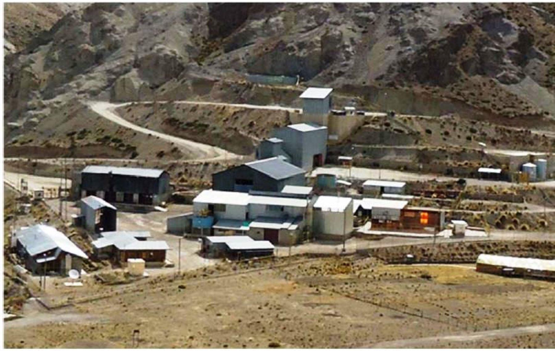 Osinergmin envió equipo para supervisar derrame de relaves en mina Shila, ubicada en distrito de Chachas, provincia de Castilla, región Arequipa. FOTO: INTERNET