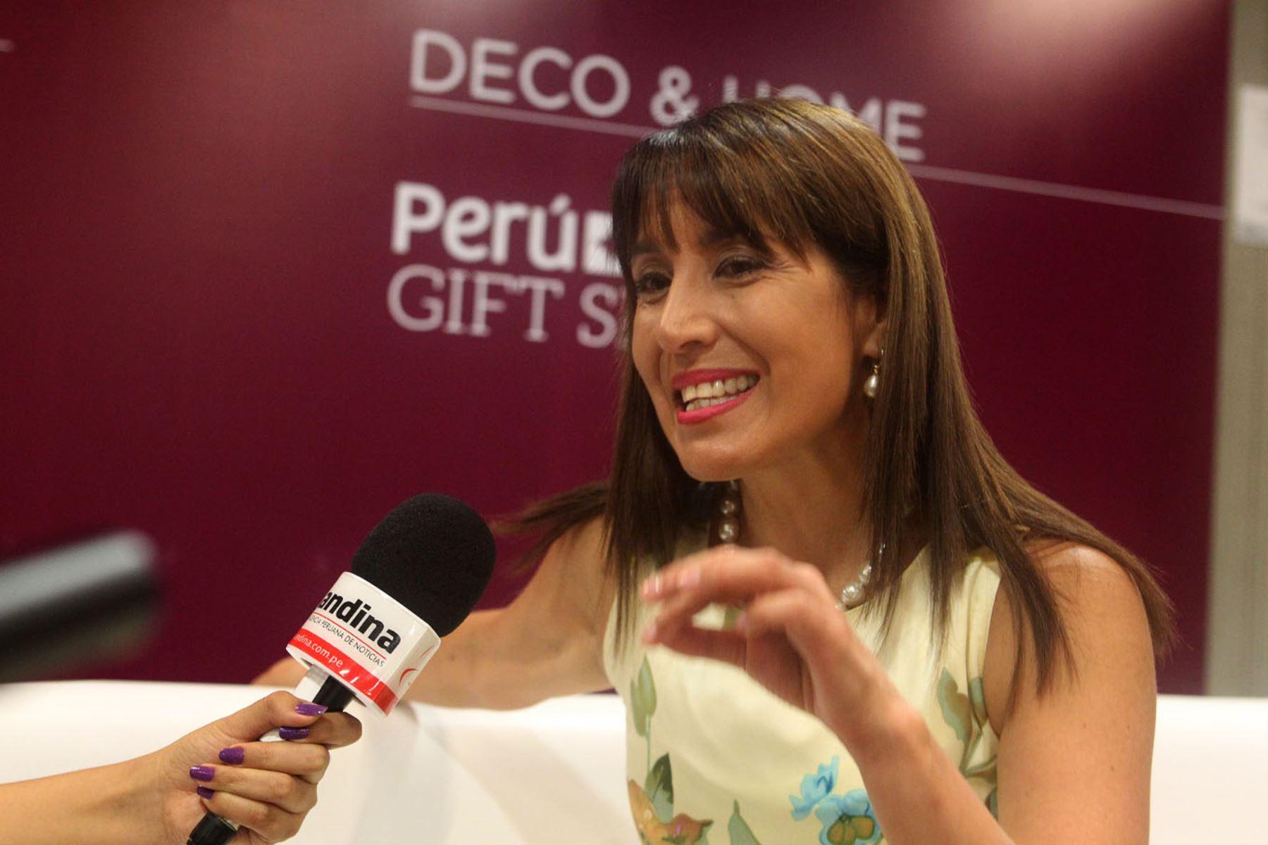 LIMA,PERÚ-ABRIL 19.Ministra Magaly Silva,inaugura Peru-Moda 2016.Foto:ANDINA/Héctor Vinces.