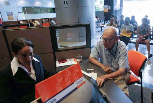 Jubilados tienen más alternativas para lograr una pensión atractiva. ANDINA/Carlos Lezama