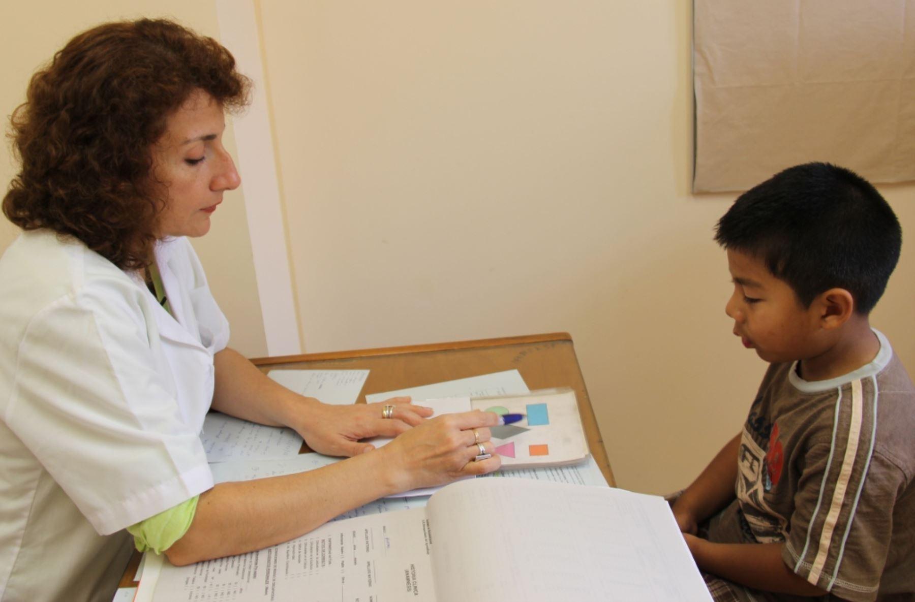 Trastornos de aprendizaje pueden ser tratados si se detectan a tiempo. (Foto referencial)