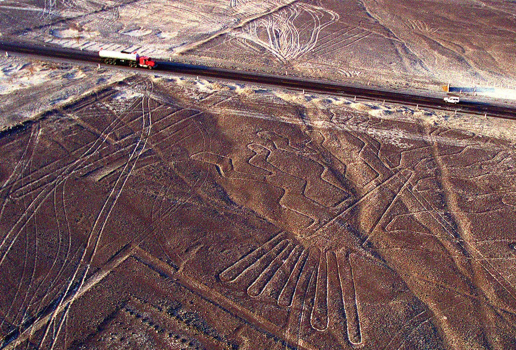 El reciente hallazgo de un nuevo geoglifo en el desierto de Nasca, en el sector de la pampa de Majuelos, ha vuelto a poner en relieve la importancia para la comunidad científica y el sector turístico de este sitio arqueológico, reconocido como patrimonio mundial por la Unesco.