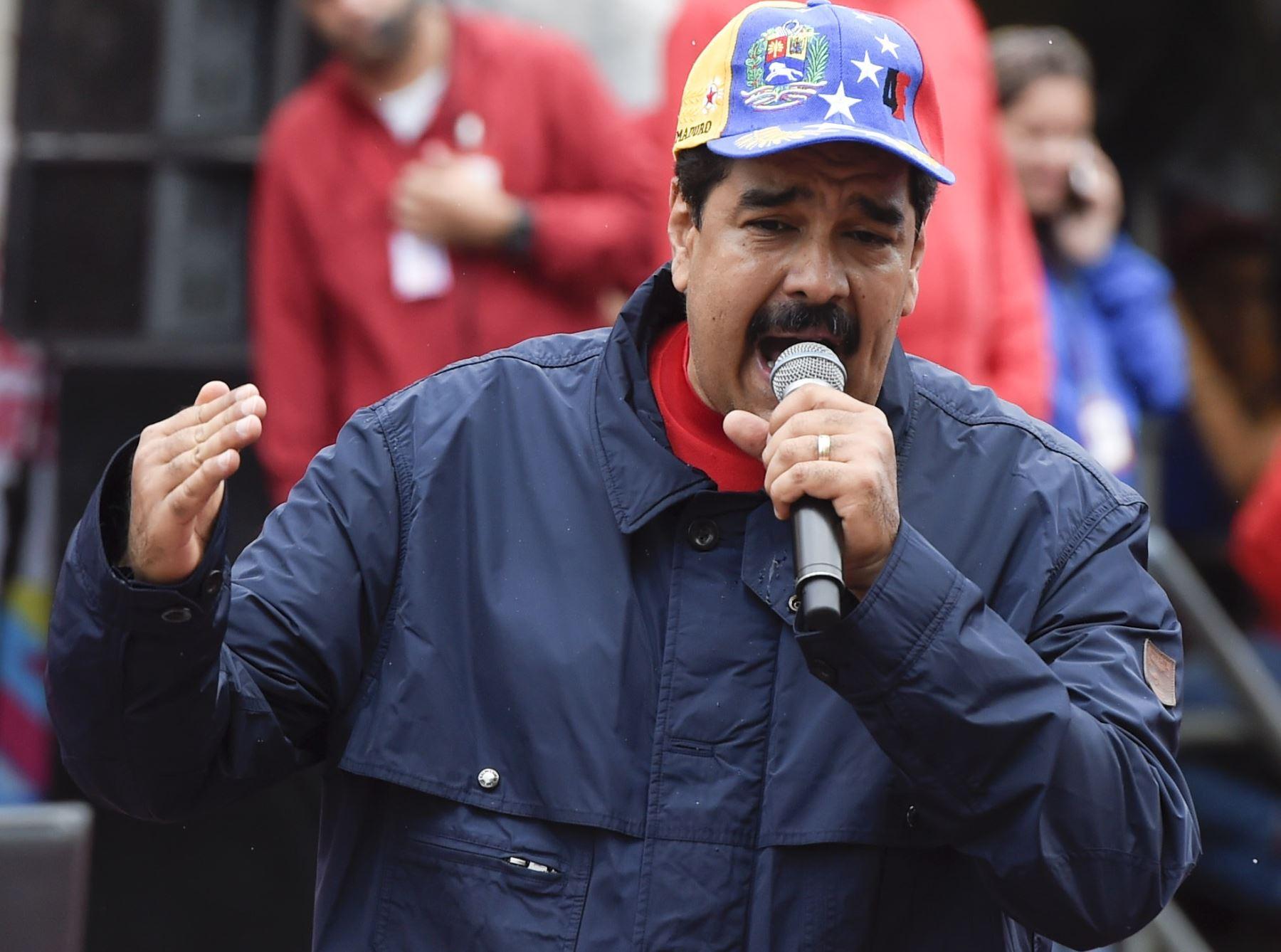 Maduro restringe por decreto que el Parlamento remueva a sus ministros. Foto: AFP