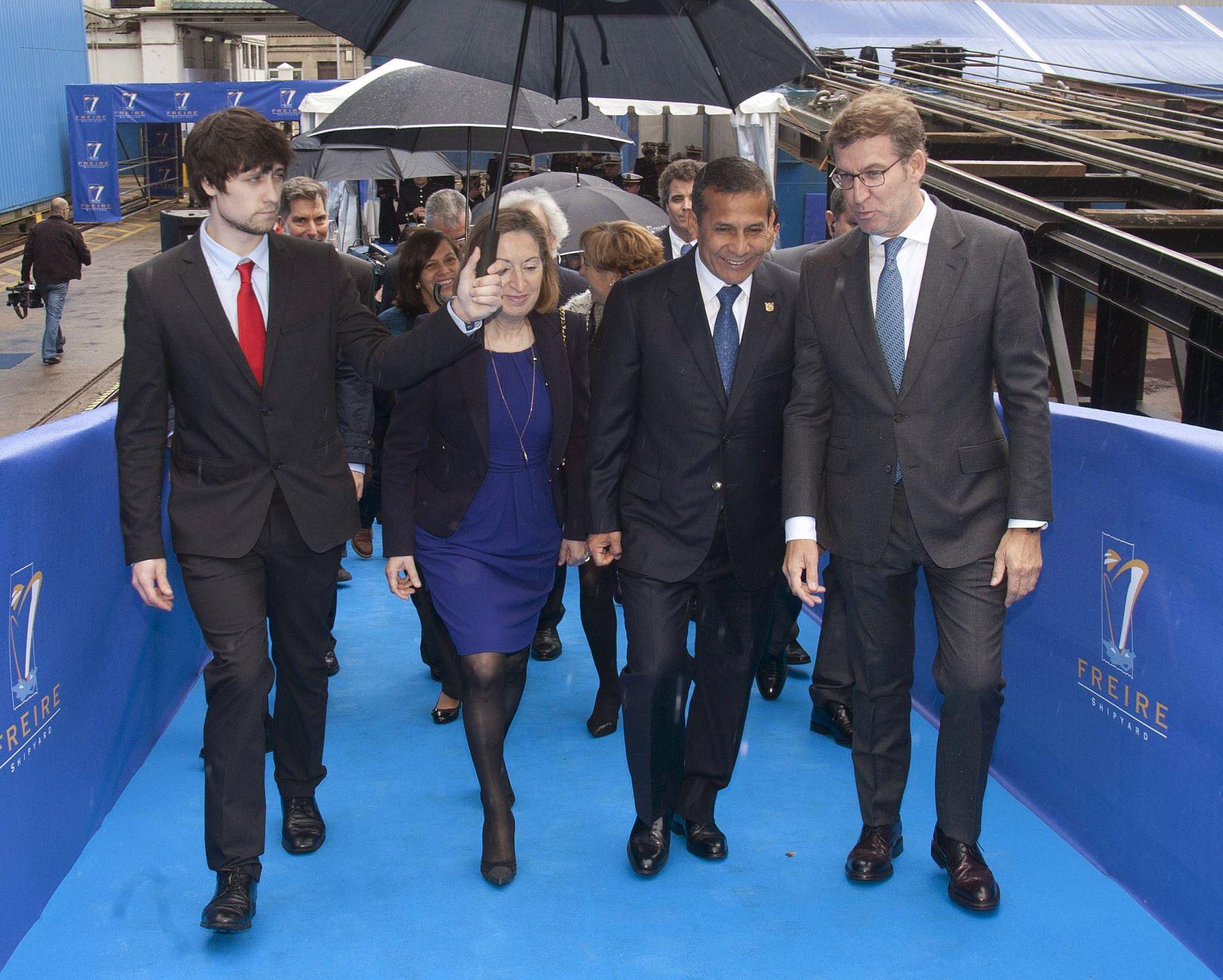 Presidente Ollanta Humala en ceremonia de lanzamiento del BAP Carrasco en Vigo, España. Foto: EFE.