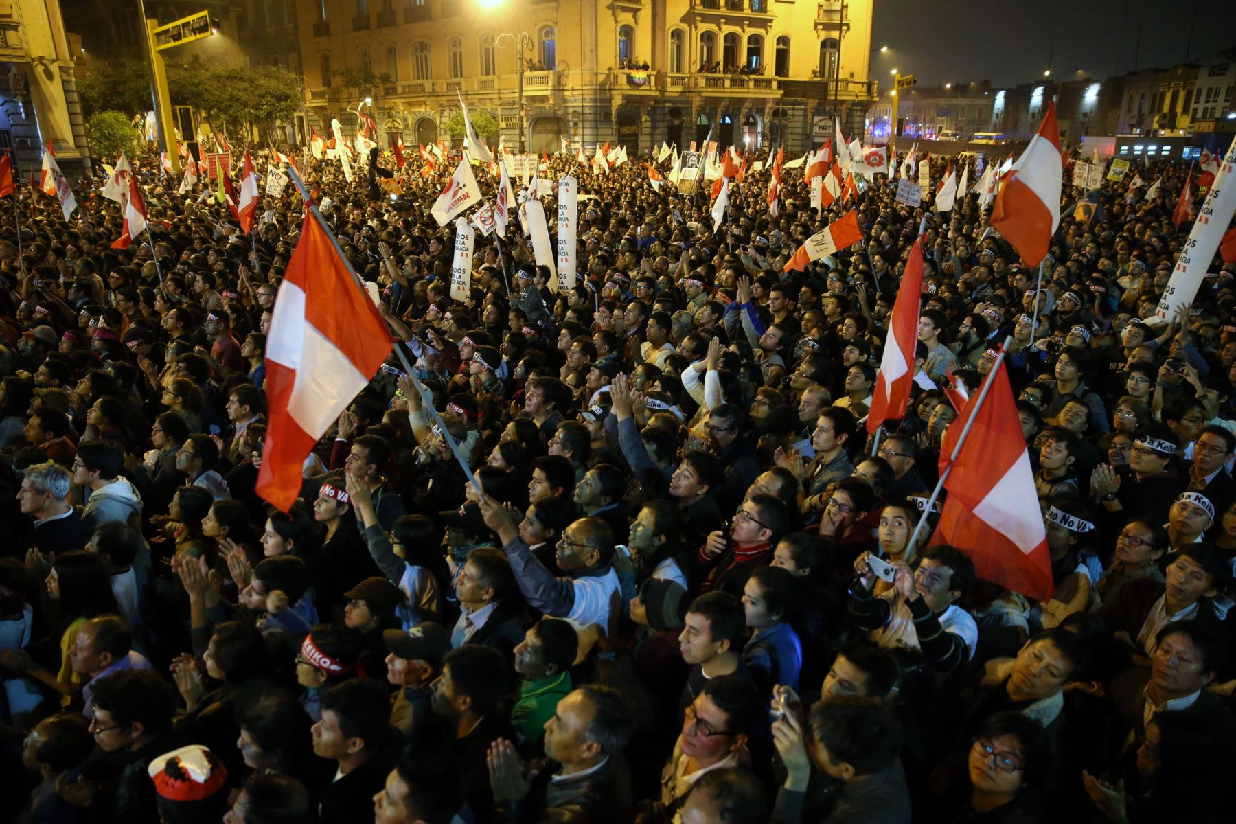 Concurrida marcha contraria a candidatura de Keiko Fujimori, se movilizaron por el centro de Lima. ANDINA/Vidal Tarqui