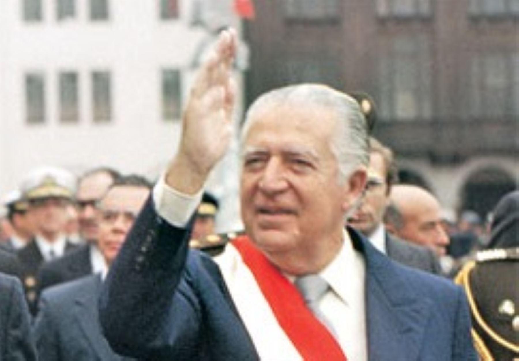 Expresidente Fernando Belaunde Terry (1980-1985).