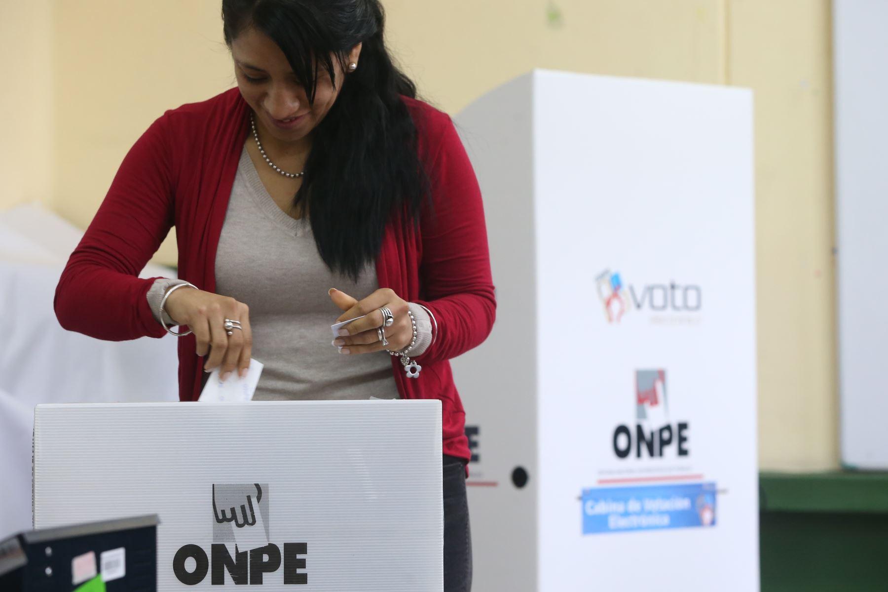 Mesa de votación. Foto: ANDINA/archivo