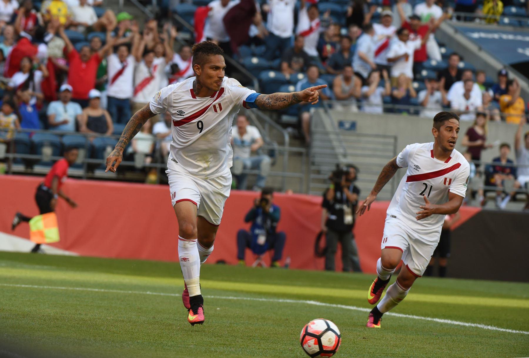 Paolo Guerrero anotó el gol del triunfo de Perú ante Haití. Foto: AFP.