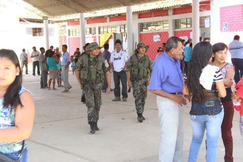 Piuranos cumplen con su deber cívico y participan de elecciones.Foto:  ANDINA/Difusión.