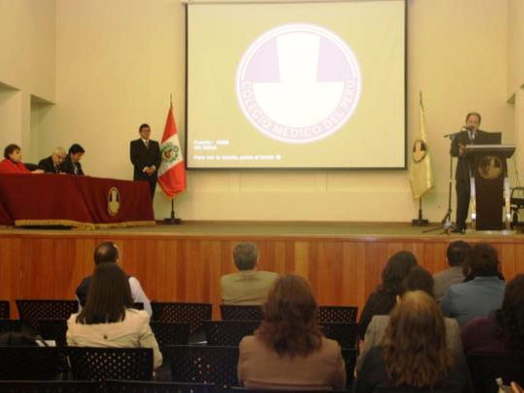 Certificados de defunción se elaborarán electrónicamente gracias a herramienta digital presentada por Reniec. Foto: ANDINA/Difusión.