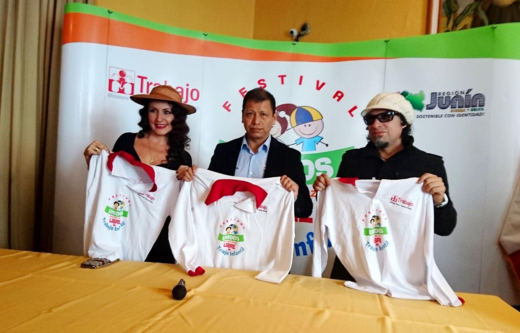 """Ministro Daniel Maurate participó en festival """"Unidos por una niñez libre de trabajo infantil"""", organizado por su portafolio en la ciudad de Huancayo."""